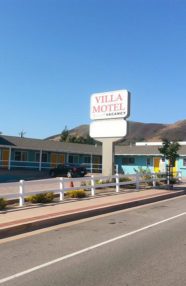 ENJOY FAMILY-FRIENDLY ACCOMMODATIONS IN SLO TOWN